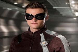 Hartley Sawyer despedido de serie The Flash