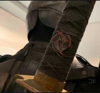 espada de Deathstroke es uno de los Easter Eggs de la Liga de la Justicia de Zack Snyder